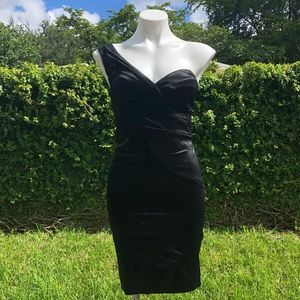 COPY - Bebe black dress